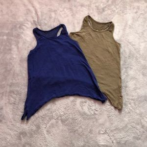2 pack of Old Navy Girls Tanktops